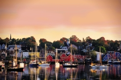 Lunenburg_Harbour_fall